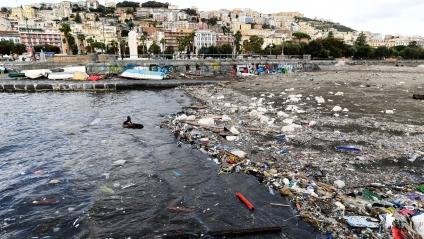 Egipto, Italia y Turquía vierten la mitad del plástico que contamina el Mediterráneo