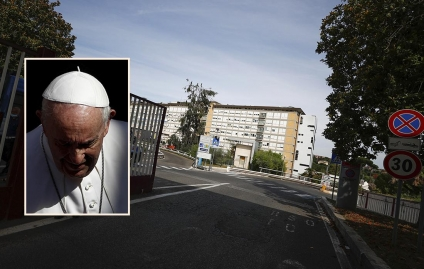El Papa Francisco fue operado con éxito por divertículos en el colon