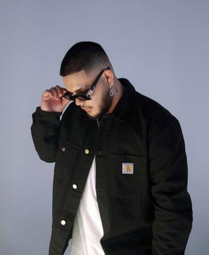 Sael, un Villamercedino que desde Colombia fabrica sus hits para grandes de la música latina urbana